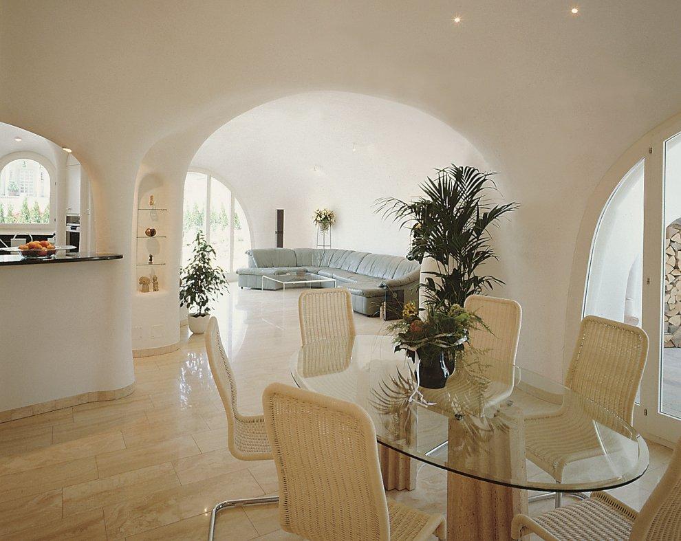 Wnętrze domu z gliny