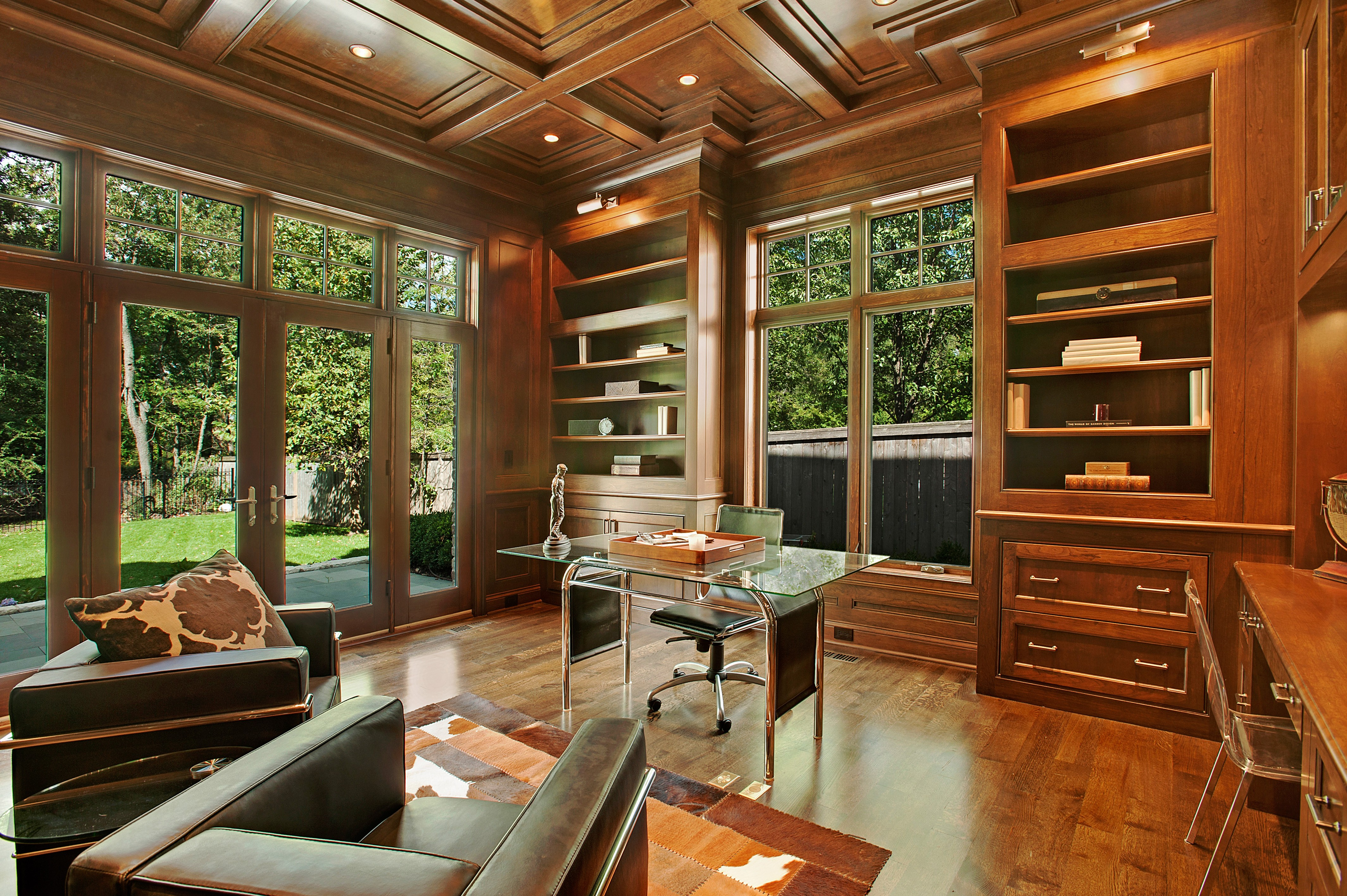 Drewniany salon