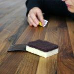 Błędy w pielęgnacji drewnianych mebli – jak ich uniknąć?