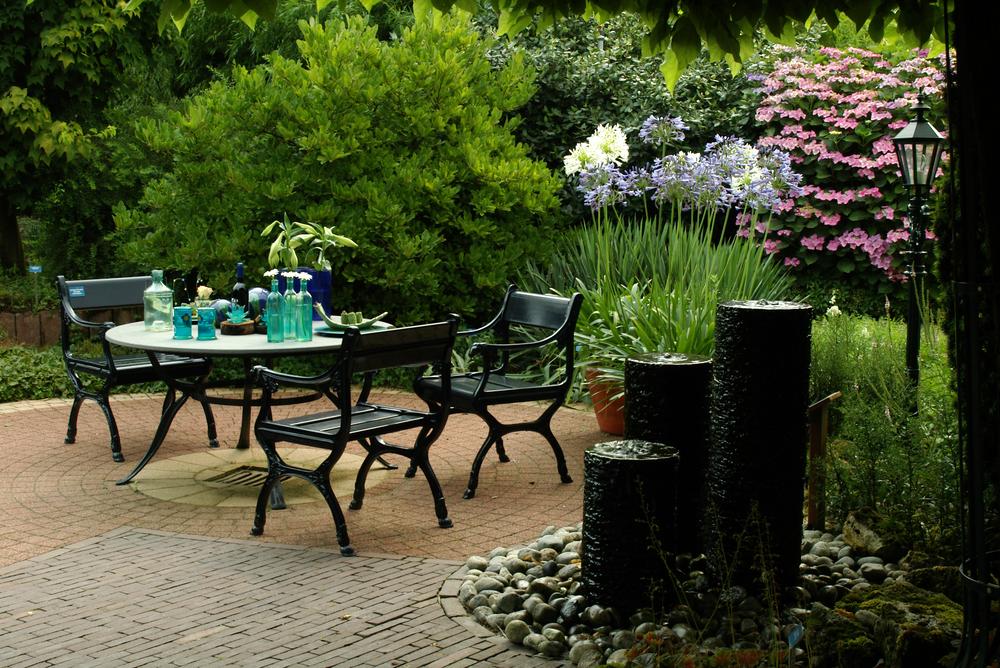 Salon w ogrodzie