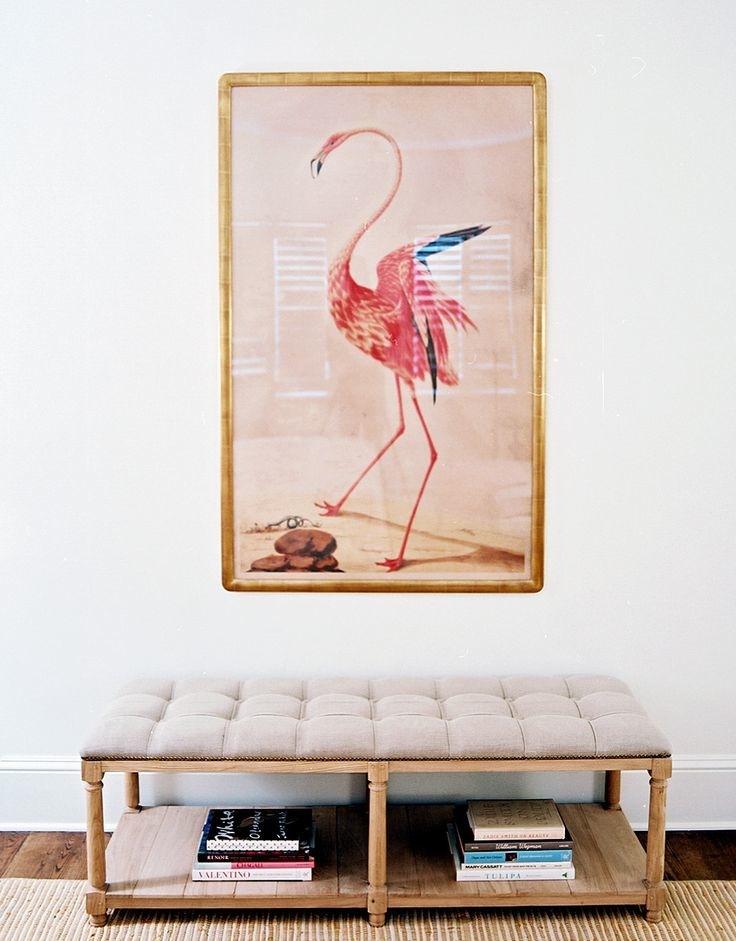 Pastelowy obraz wiszący nad ławką